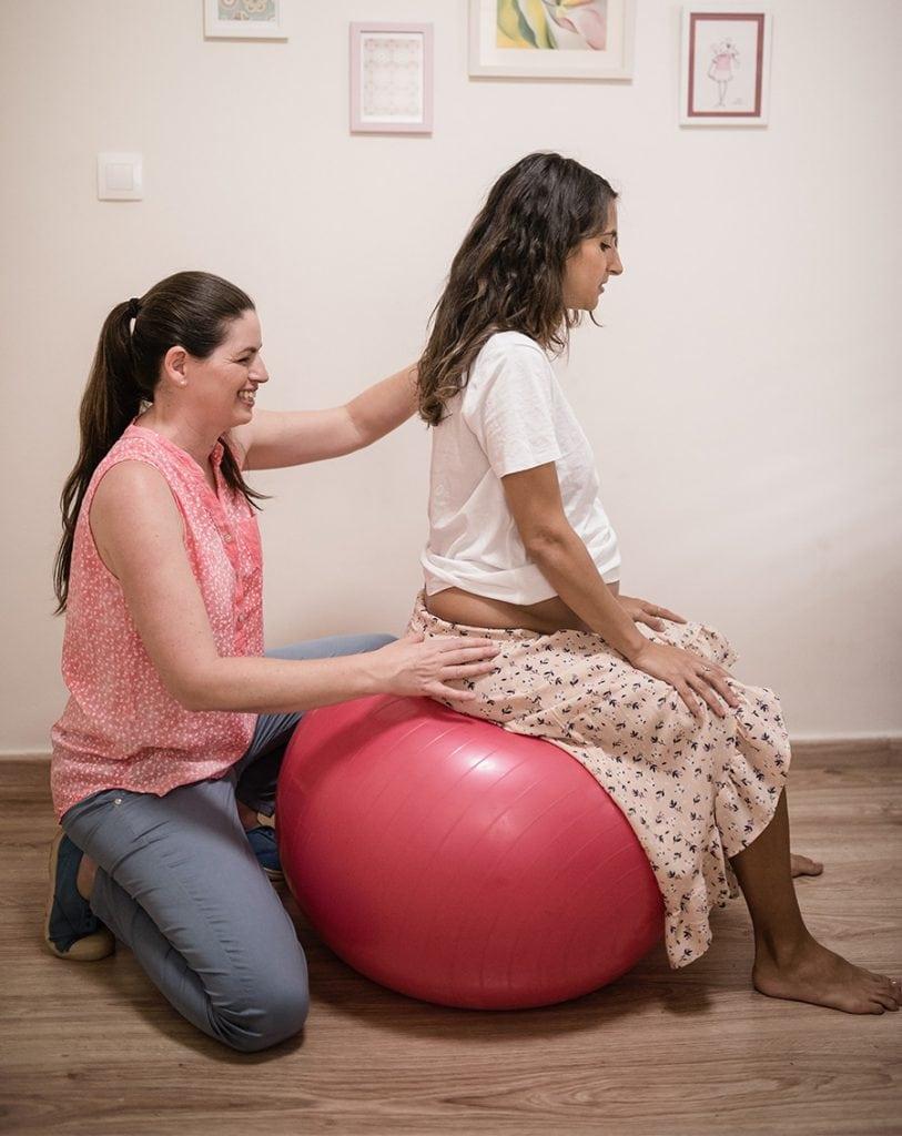 פיזיותרפיה לנשים אחרי לידה